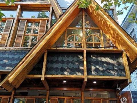 老古树餐厅(观千年银杏)旅游景点图片