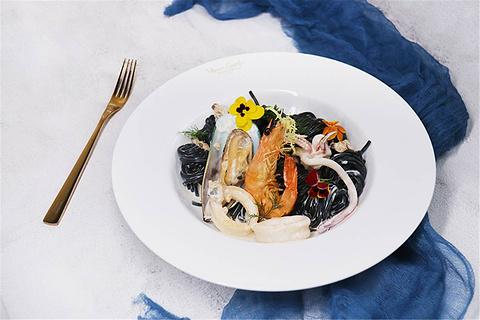 梵高艺术餐厅Van Gogh SENSES Bistro