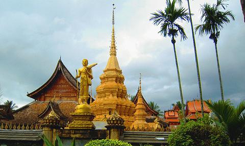 曼春满佛寺的图片