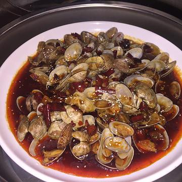 倾锅倾城海鲜火锅烤肉自助百汇