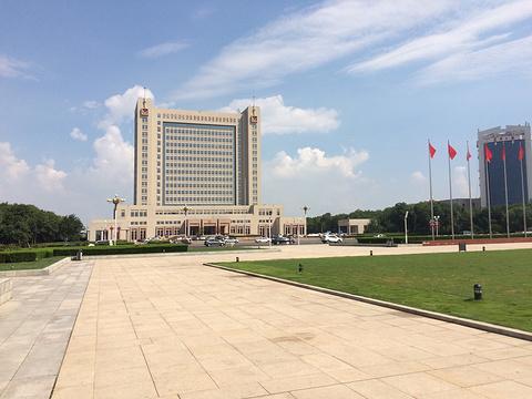 东营新世纪广场旅游景点图片