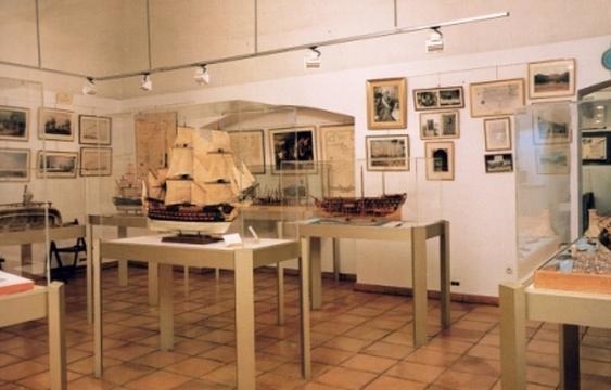 格拉斯海军军事博物馆旅游景点图片
