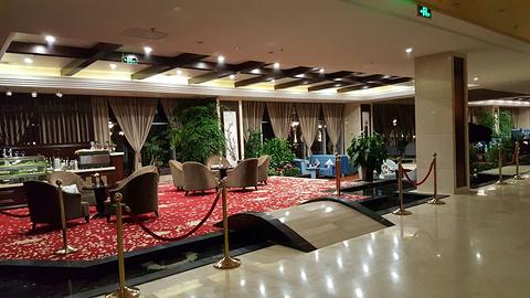 西港航空饭店