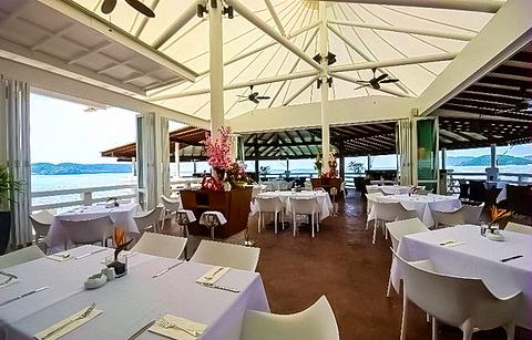 兰卡威Cliff鸡尾酒吧&亚洲餐馆