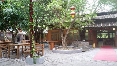 奇石河餐厅