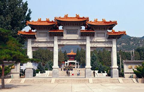 盘山烈士陵园的图片