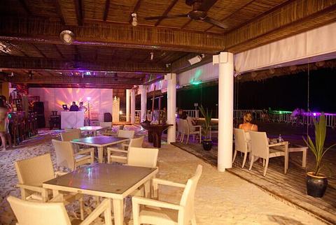 Rehendhi餐厅和酒吧