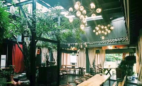 瓷米湖湘菜