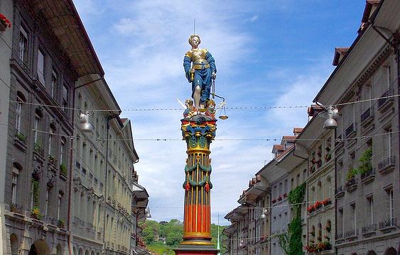正义女神喷泉旅游景点图片