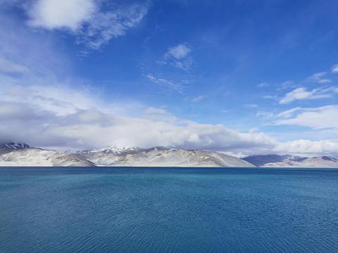 塔什库尔干白沙湖的图片