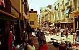 圣特尔莫周日跳蚤市场
