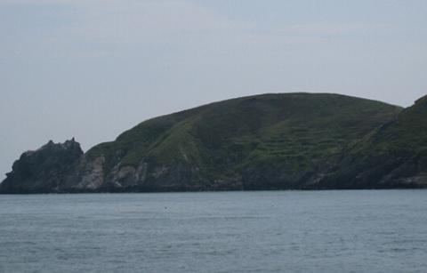 海上卧佛的图片