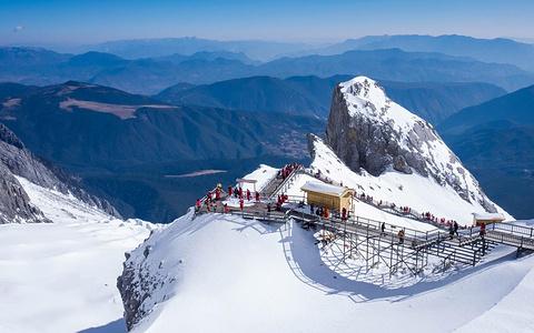 玉龙雪山旅游滑雪场