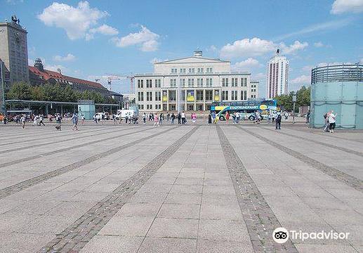 奥古斯特广场旅游景点图片