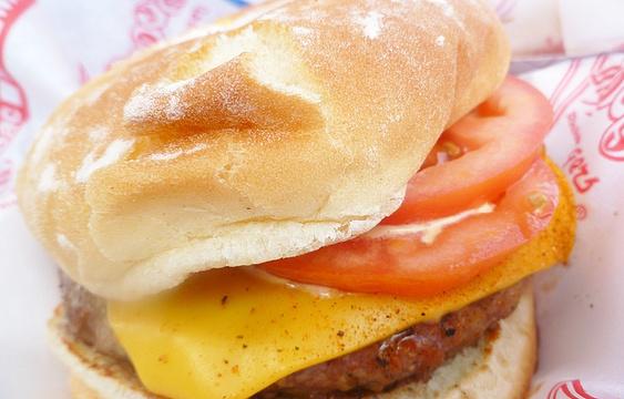 Teddy's Bigger Burger Koko Marina Center旅游景点图片