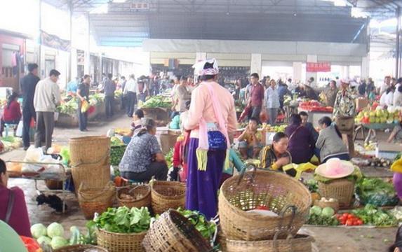 曼贡综合服务中心旅游景点图片
