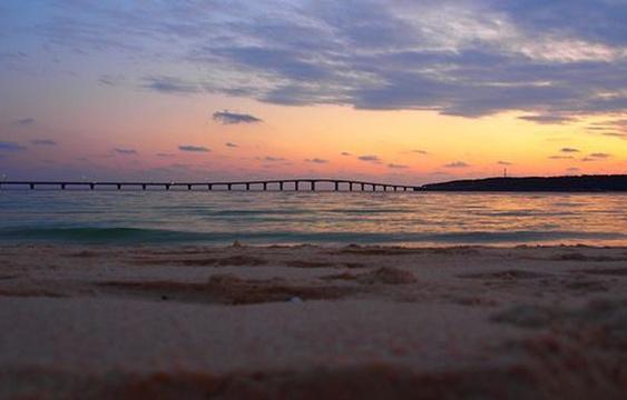 与那霸前滨海滩旅游景点图片