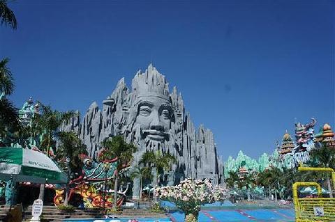 Suoi Tien Theme Park的图片