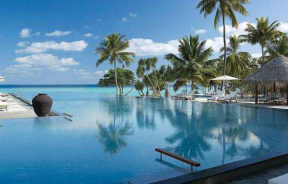 泳池旅游景点图片