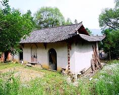 天龙山大酒店后山的那座破旧不堪的道院居然是建文帝曾经的避难所