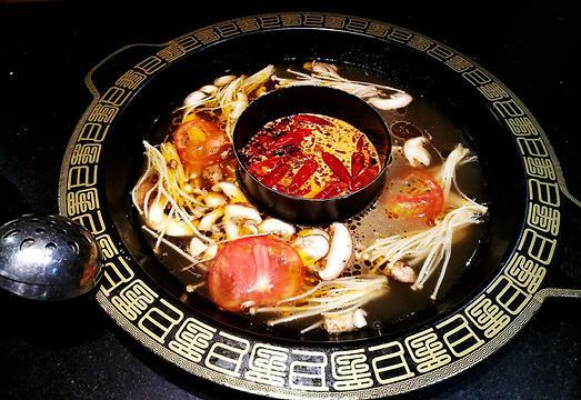 厨匠老火锅(解放碑·洪崖洞店)旅游景点图片