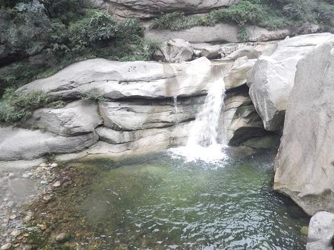 黄甫峪河道景区的图片