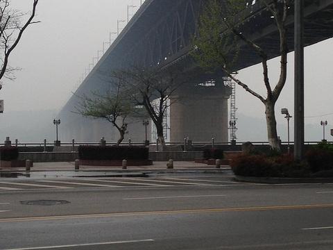 临江大道旅游景点图片
