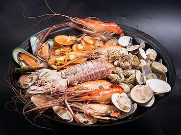 海蒸鲜蒸汽海鲜·铜盘烤肉