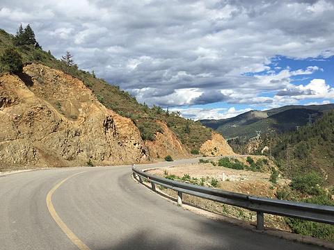 川藏公路旅游景点图片