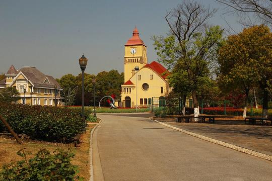 恩钿月季公园旅游景点图片