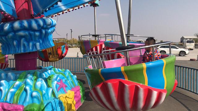 哈素海戏水乐园旅游景点图片