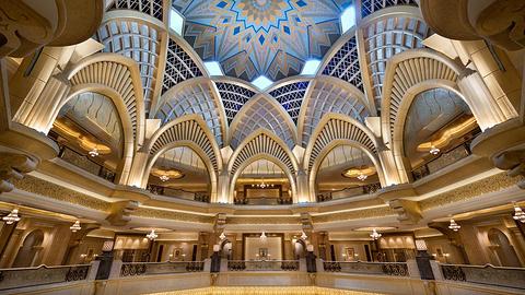 迪拜酋长皇宫的图片