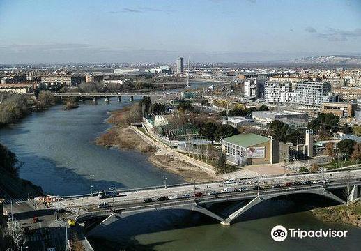 皮拉尔广场旅游景点图片