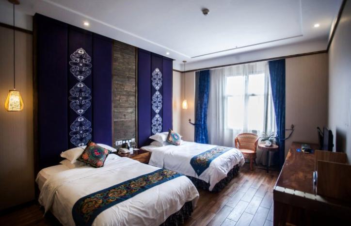 吉首山归民族文化酒店