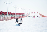 雪村滑雪场