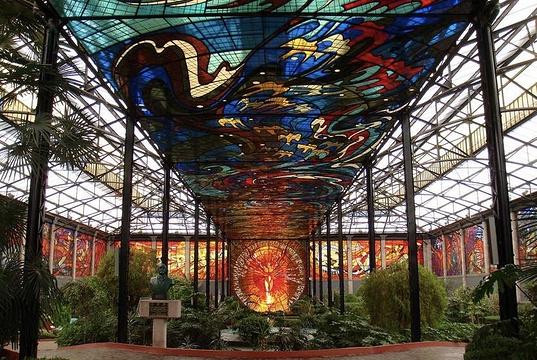 市彩色玻璃植物园旅游景点图片