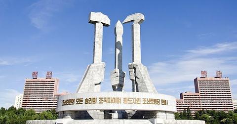 建党纪念塔的图片