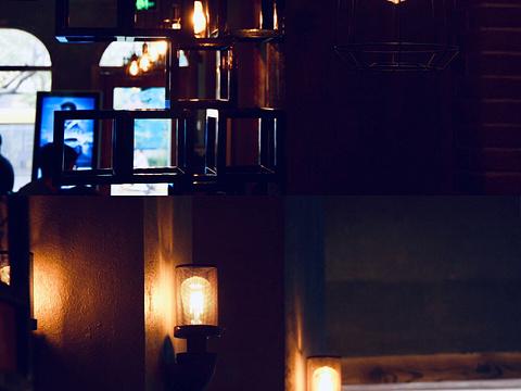 汤姆餐厅旅游景点图片