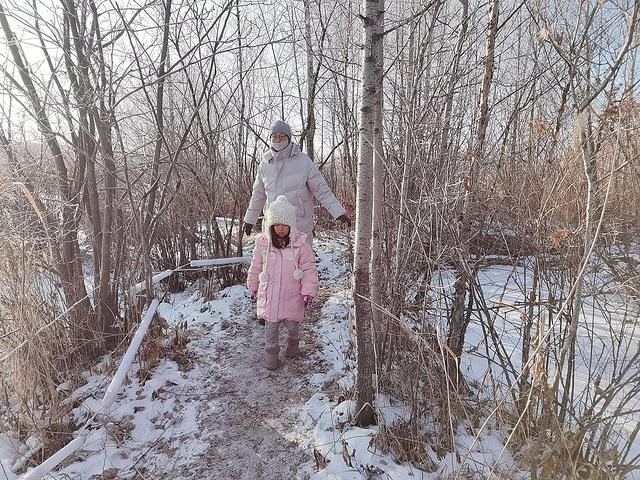 """""""景区还有一块冰地可以玩冰车,在冰上漂移感觉,也是难得的体验_魔界风景区""""的评论图片"""