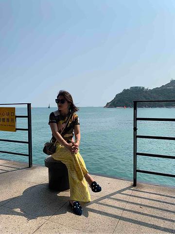 """""""这里最大的特色就完美融合了中西文化,阳光海滩☀️休闲度假⛱️一条靠海的各色餐吧,点杯Sangr..._赤柱""""的评论图片"""