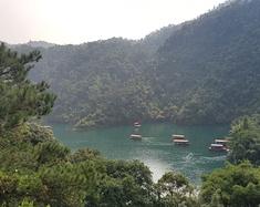 七星岩—鼎湖山—七星岩牌坊—紫云谷—四会瀑布奇石景