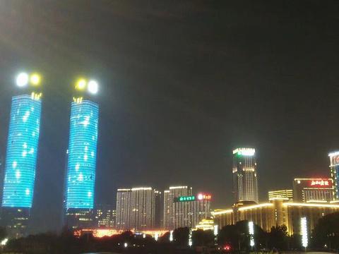 南昌双子塔旅游景点图片