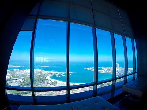Observation Deck at 300旅游景点图片