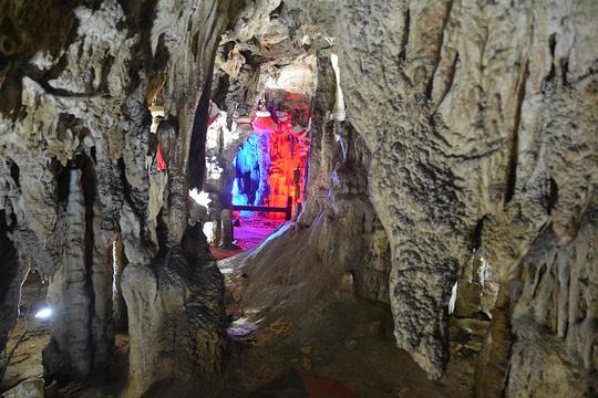 黄龙洞旅游景点图片