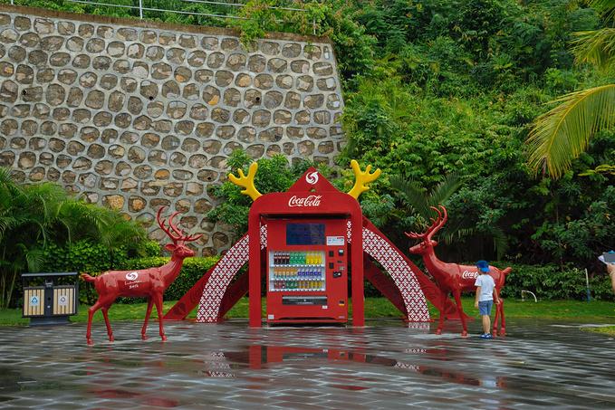 鹿回头广场图片