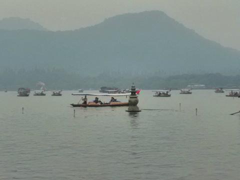 三潭印月旅游景点图片