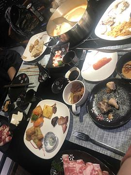 百捞汇火锅餐厅