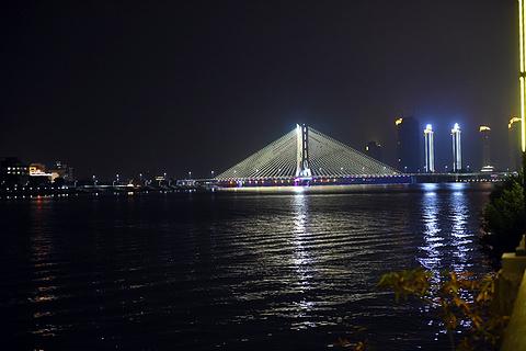 广济门城楼的图片