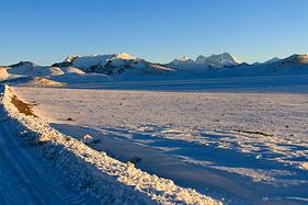 冬游西藏,看冰封普莫雍错,去苦修者的圣地——桑耶与青朴