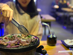 爆火的5家店推荐!寒冬里北京人最火热的烤肉吃法——炙子烤肉!